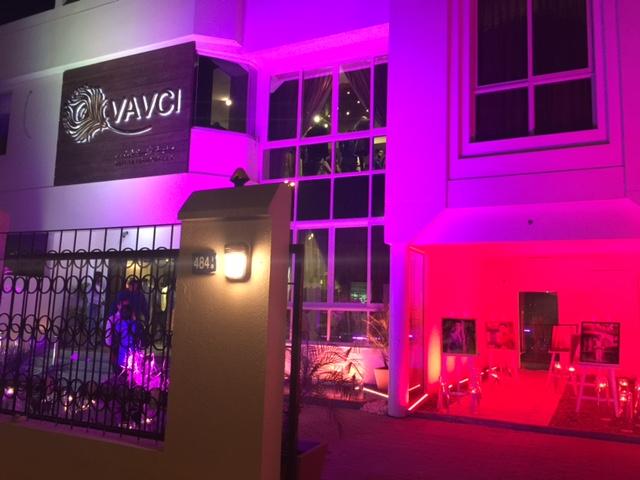 The illuminated Vavci showroom in Jumeirah